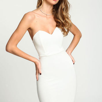 IVORY SWEETHEART STRAPLESS BODYCON KNIT DRESS