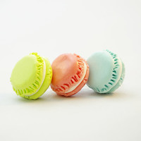 macaron macaroon miniature food, Dust Plug  Phone Dust Stopper Earphone Cap Headphone Jack Charm for iPhone 5 4 4s iPad Samsung s2 s3, 3.5mm