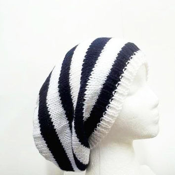 Slouchy Hat | Knitted hat | Navy blue hat | handmade hat