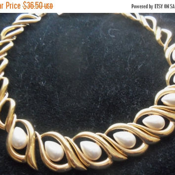 NOW ON SALE Vintage Napier Necklace Faux Pearl & Goldtone Metal Hollywood Regency Mad Men Mod Collectible Designer Signed Jewelry
