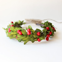 Holiday hair crown, festive christmas head wreath, winter wedding crown, red and green, Winter weddings - BERRY MERRY