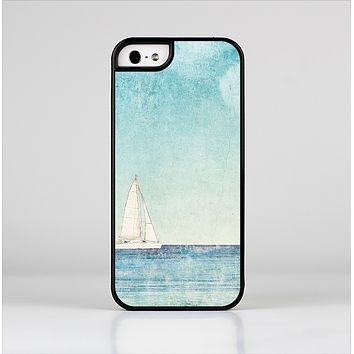 The Faded WaterColor Sail Boat Skin-Sert Case for the Apple iPhone 5/5s