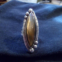 Authentic Navajo Native American Southwestern sterling silver labradorite ring,size 7. Can adjust up to size 8.