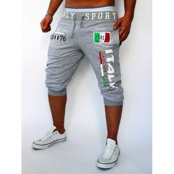 Lace-Up Flag and Letters Print Beam Feet Cropped Pants For Men