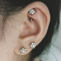 16G CZ Flower Top with 316L Surgical Steel Curved Barbell with Bead.