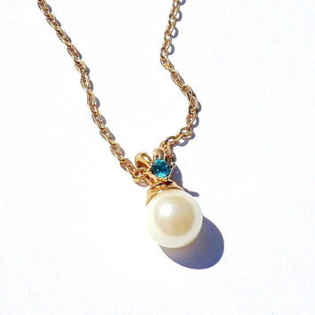 December Birthstone Necklace,Faux Pearl Necklace,1988 Vintage Avon Jewelry,Teal Blue Stone,Simulated Blue Zircon Pendant,Minimalist Necklace