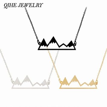 Cute snowy mountain 18″ necklace