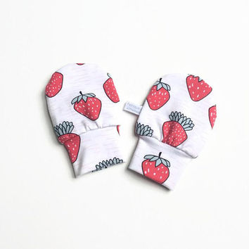 White baby mittens with strawberries, baby scratch mitts. Jersey cotton knit. Baby Gift Girl Hand Covers. Organic cotton
