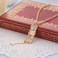 Retro Alice in Wonderland necklace diamond Golden Key lock charm link Necklaces wo Movie cosplay statet jewelry Christmas gift 160564