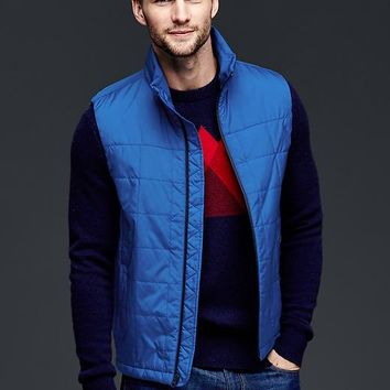 Gap Men Primaloft Quilted Vest