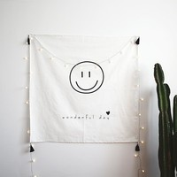 Home Furnishing Decoration Tapestries Wall Hanging Cotton Positive Energy Smile Fringed Tablecloth Picnic Mats Beach Towel