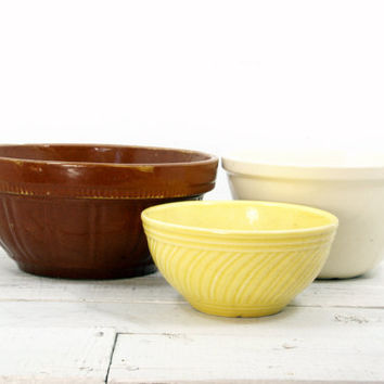 Rustic Pottery Pudding Mixing Bowls - Set of Three Yellow Cream Brown
