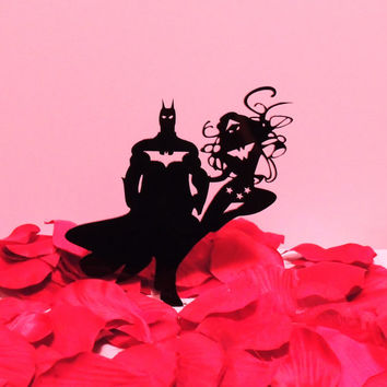 Stunning Batman and Wonder Woman Wedding Cake Topper