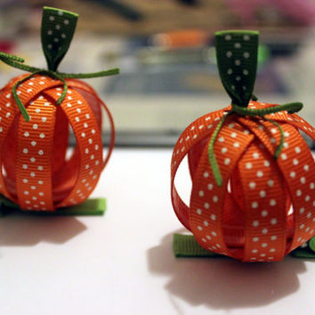 Halloween pumpkin hair clip Halloween hair accessories Fall hair bow Ribbon sculpture hair clip for baby infant toddler girls Set of 2