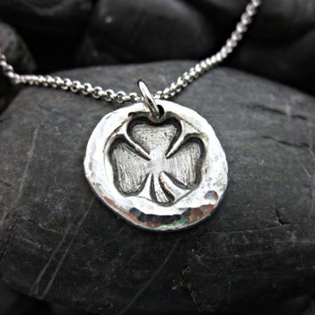 Shamrock Irish / Celtic Necklace - Artisan