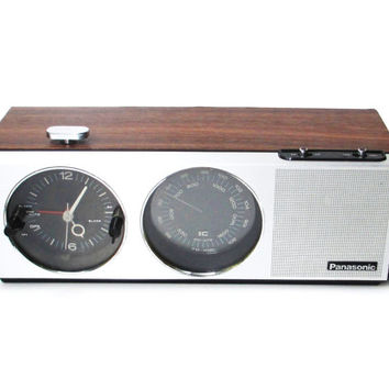 Vintage Alarm Clock Radio, Panasonic Radio Model RC-7243