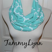 NEW Quatrefoil Ice Green Infinity Scarf Lightweight Jersey Knit Soft Double Loop Scarf Women's Accessories