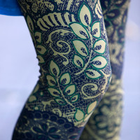 Green Leaves And Lace Leggings