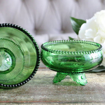 Set Of 2 Emerald Green Sherbet Cups // Desert Cups // Housewarming Gifts // Barware // Bridal Gifts // Candy Dish // Depression Glass