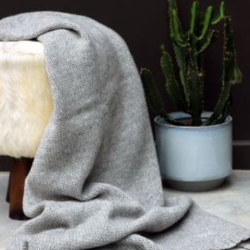 Soft Knitted Throw - Grey