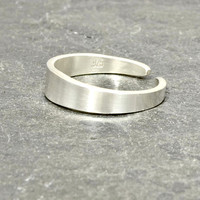 Sterling Silver Tapered Artisan Toe Ring