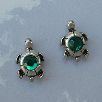 Small Turtle Post Earrings Green Rhinestone Backs Figural Jewelry