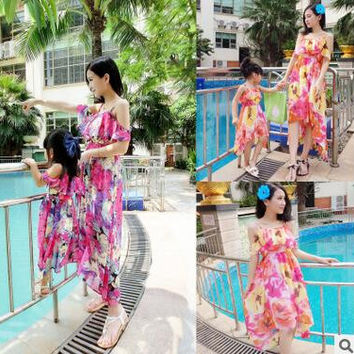 hot selling summer spring Family Matching Outfits Beach Maxi Long Dress Chiffon Women Kids Brands clothes coats Family Look Fitt