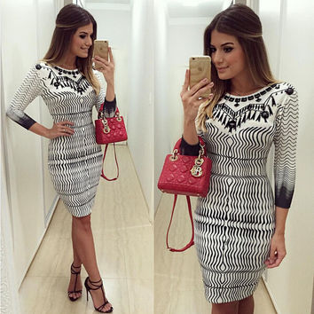 White Wave Pattern Print Bodycon Dress
