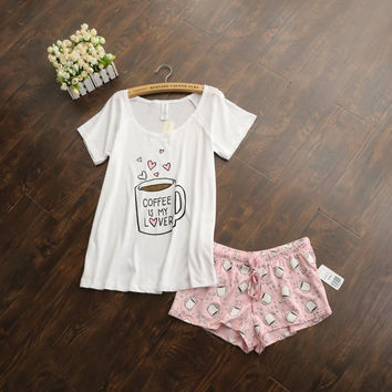 Cute pajamas sets with white and pink color coffee cups printed hot selling