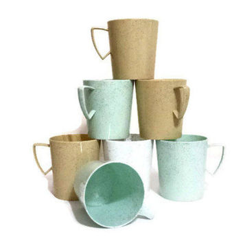 Plastic Cups Set of Seven Vintage Speckled Plastic Mugs Green Tan Gray Glamping Camper RV