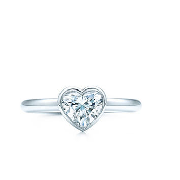 Tiffany & Co. | Engagement Rings | Tiffany Bezet Heart | United States