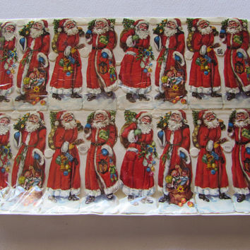 Vintage Old World Santa Charm Pictures