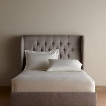 Alexis Wingback Complete Bed