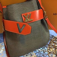 QIYIF L043 Louis Vuitton LV Water ripples cowhide barrels pack high-capacity single shoulder bag 29.5-29-14.5cm Green Red
