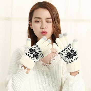 Fashion Lovely Female Autumn Winter Knit Cotton Thicker Cashmere Velvet Warm Gloves Cute Women Snowflakes Pattern Mittens L86