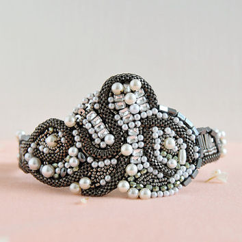 Snowy Pearl - on sale one of a kind headband, black beads and pearl