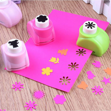 1pcs Kid Child Mini Printing Paper Hand Shaper Scrapbook Tags Cards Craft DIY Punch Cutter Tool 8Styles