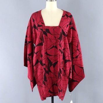 Vintage 1960s Silk Michiyuki Kimono Jacket / Cranberry Red & Black Abstract