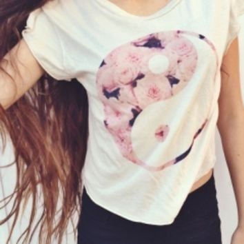 Brandy & Melville Deutschland - Elin Tao Flower Top