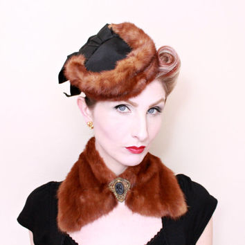 1940s Hat / VINTAGE / 40s Hat / Tilt Hat / Fur / Bows / Matching Collar / PRETTY