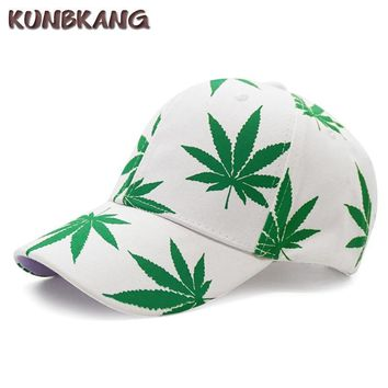 Trendy Winter Jacket New Fashion Maple Leaf Baseball Cap  Snapback Hat Bone Men Women Summer Casual Cotton Printed Swag Hip Hop Fitted Cap Gorras AT_92_12