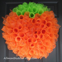 Pumpkin Spiral Deco Mesh Wreath, Pumpkin Wreath, Spring, Fall, Halloween Wreath, Teacher Classroom Decoration Back To School