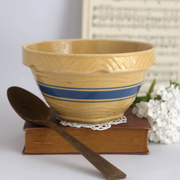 Vintage Yellowware Mixing Bowl, Blue Bands, Yellow Stoneware Mixing Bowl, Farmhouse Kitchen Bowl, Country Kitchen, Primitive, Rustic