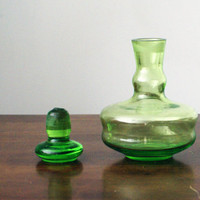 Vintage emerald green Soviet USSR Carafe Decanter Emerald Green Jug Flask Container Pitcher Glass NEW
