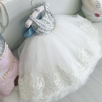 2018 New Xmas Baby Kids Girls Charming Party Gown Formal Dress Sequins Flower Lace Bowknot Dress