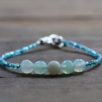 Agate Bracelet, Aqua Bracelet, Blue Seed Bead Bracelet, Gemstone Bracelet, Stacking Bracelet, Minimalist Jewelry, March Birthstone, For Her