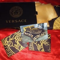 6 pcs set Queen size black and gold Versace beding set bed cover