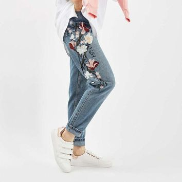 ICIKL3Z Chicanary Floral Embroidered Mom Jeans Women High Rise Bleach Cropped Straight Denim Pants