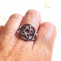 Vintage Wiccan Pentagram Star 925 Sterling Silver Size 8 Wrap Ring