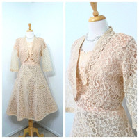 Vintage 1950s Lace dress with Bolero Pastel Peach Party Cocktail Wedding dress Large